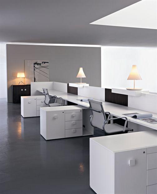 Las 25 mejores ideas sobre estaciones de trabajo en for Interior oficinas modernas