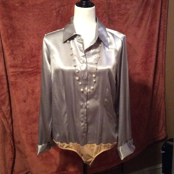 Untucked Blouse With Suit 11