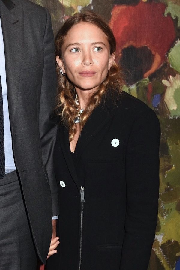 Master Mary-Kate Olsen's Barely-There Beauty Look