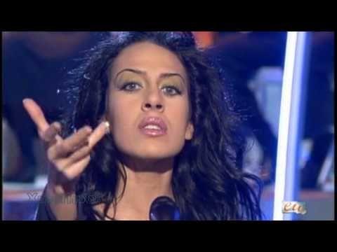 Mónica Naranjo - Sobreviviré (Gala Fin de Año) - YouTube