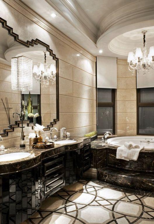 Современный мастер ванной с Врезка шкафы, стены бра, хозяйскую ванную комнату, высокие потолки, сложный гранит счетчики