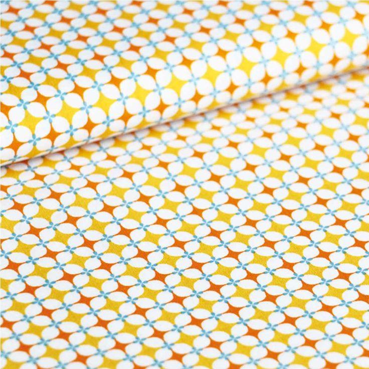 """Du joli tissu au motiffraiset colorépour confectionner des petites robes à volants, des housses de couette, des sacs...    Vendu par 10 cm.    Pour 20 cm, tapez """"2"""", pour 1,40 mètre cm, tapez""""14""""...étoffe vendue bien entendu en une pièce ! Si vous choisissez """"1"""" vous recevrez 10 x 145 cm.       1,20 € http://www.lafolleadresse.com/mercerie/3066-tissu-grany-orange.html"""
