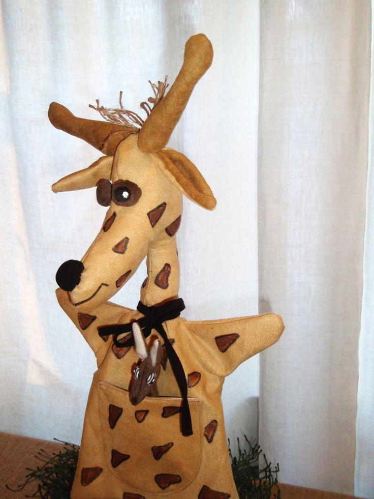 Žirafa nevěrnice - maňásek http://www.fler.cz/arna