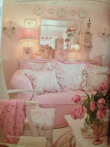 Frilly shabby pink living room soft beautiful for Shabby living room