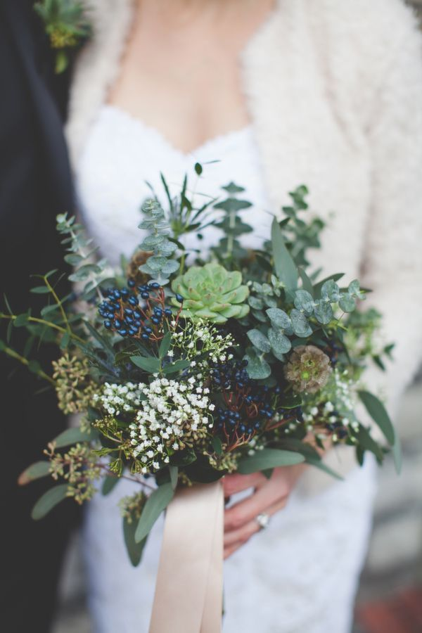Succulents make a wonderful, and wise (being available all year round), choice for a Winter wedding. They're the perfect base for adding hints of colour to with Baby's Breath, Viburnum Berries and a snippet of pretty coloured ribbon….
