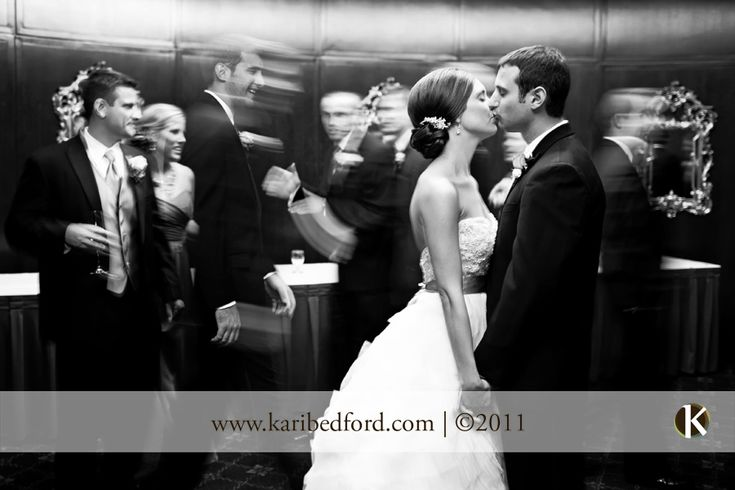 I love wedding pictures that make it look like time stood still.
