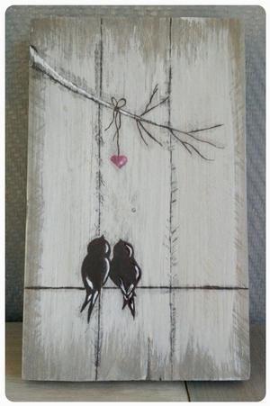 Bekijk de foto van jrom met als titel Vogeltjes op steigerhout Love it! en andere inspirerende plaatjes op Welke.nl.