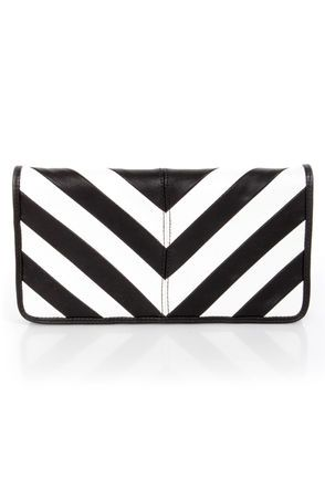 Duo Date Black and White Striped ClutchLove it! #LuLu's
