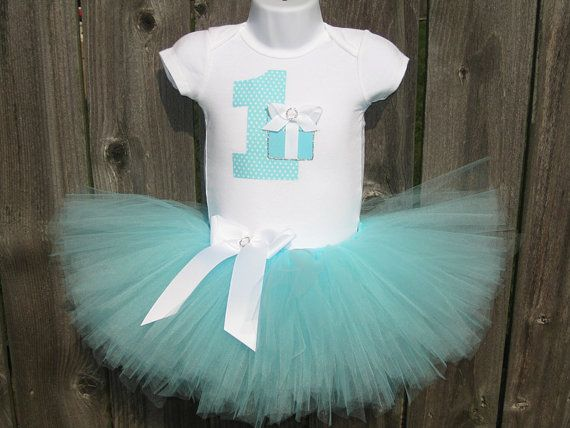 Hey, I found this really awesome Etsy listing at https://www.etsy.com/listing/198294127/tiffanys-inspired-babys-first-birthday