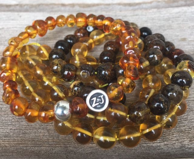 Amber is a powerful healer and cleanser. Absorbs negative energies and turns them into positive forces. A powerful protector. Brings balance, patience and vitality. Clears depression and promotes a positive mental state. Encourages peace and develops trust and wisdom. #amber #amberbracelet #balticamber