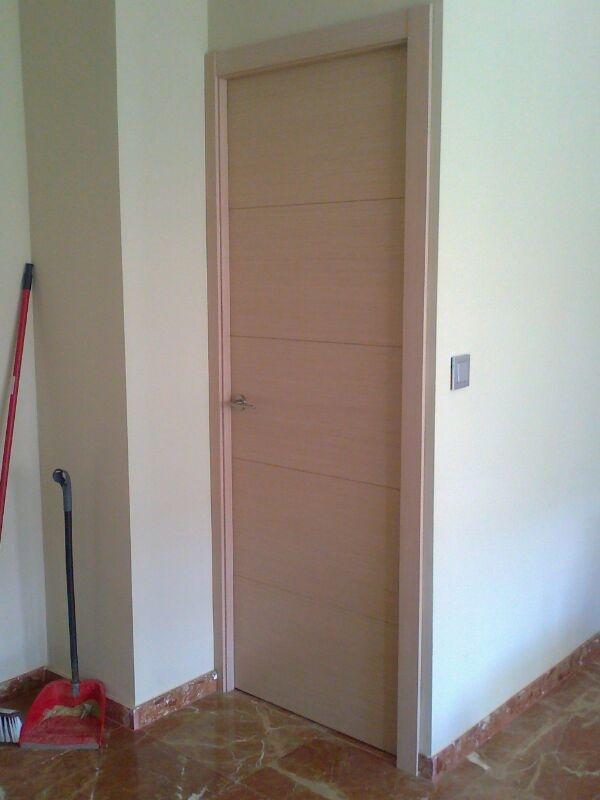 Jade roble mf tinte 0800 puertas de madera con tintes for Puerta madera roble