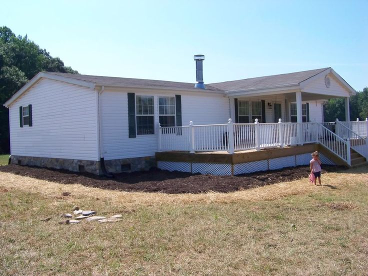 25 beste idee n over double wide home op pinterest for Single wide mobile homes with front porches