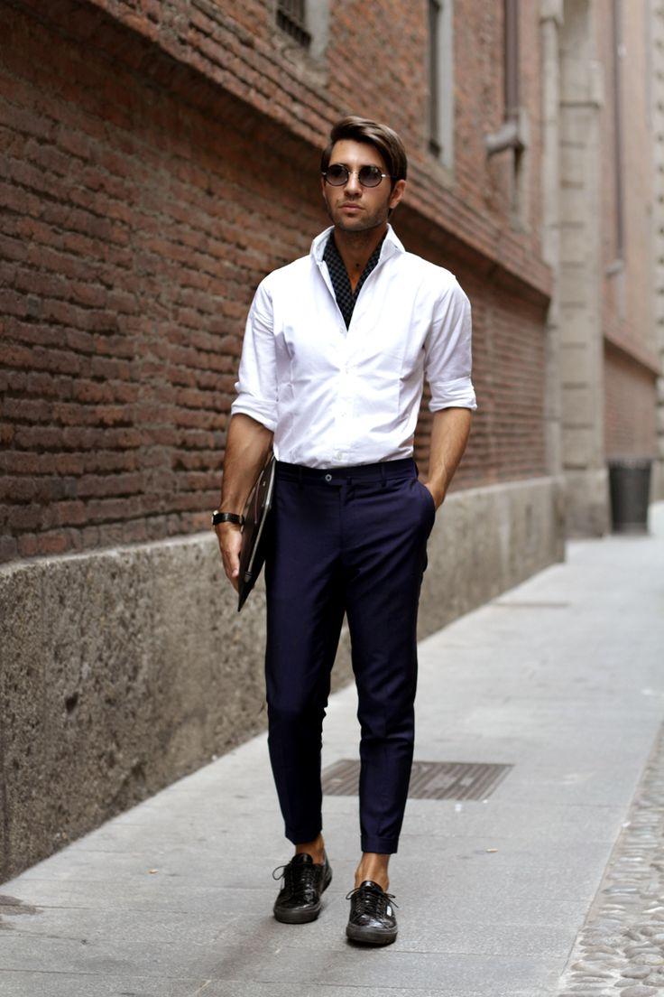 Finamore shirt Giorgio Armani vintage silk scarf Sartoria Rossi pants Croco Superga shoes – limited edition Cartier bag – Louis Cartier Audemars Piguet watch mod. Millenary