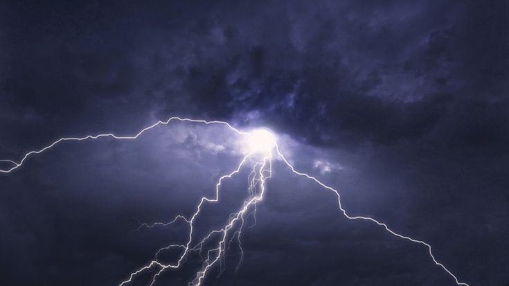 A lightning strike may be powerful enough to trigger nuclear reactions in the atmosphere, a gamma-ray experiment conducted in Japan has confirmed.