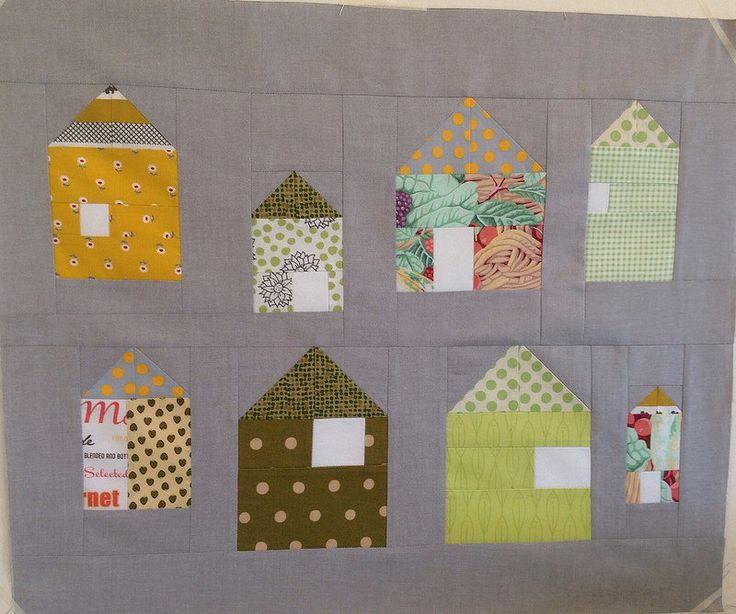 House Block for Double Dutch Random QAL, pattern at http://slootjesschilder.blogspot.nl/2013/10/making-delft-from-fabric.html