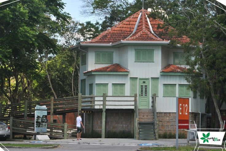 Casa Estrela, na PUC-PR *grupo Marista
