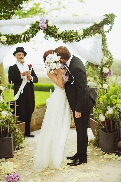 Dreamy wedding in France, planned by Laura Dova Weddings