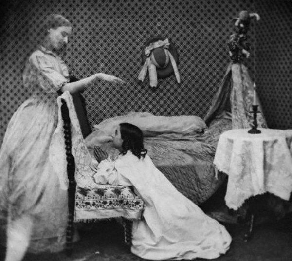 victorian ghost stories essay Dickens wrote other christmas tales that also incorporated phantoms and ghosts,  as did his victorian cohorts but why this obsession with.