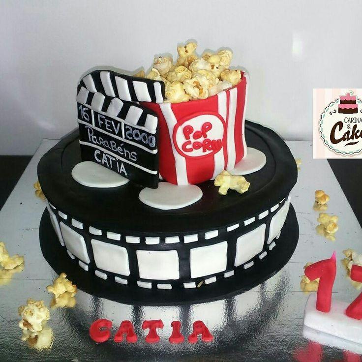Bolo cinema #carinaecake #cinemacake #movies #moviestar #chocolats #cakedesigner #bolosdecorados #bday #bolinhosamedida #happybirthday #happybday #lovely #welcomefriends