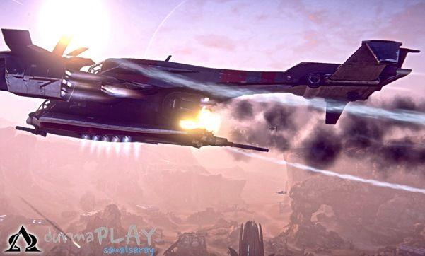 2012 yılında PC'ler için piyasaya sürüldüğü andan bu yana devam ettirdiği hayatı boyunca gerek içeriğinde gerekse hitap ettiği oyuncu kitlesinde derin bir gelişim sağlamayı başaran Planetside 2, Playstation 4 oyuncularından gelen yoğun talep doğrultusunda yeni nesil konsol için de kullanıma açılacağı günü bekletmekte  Her ne kadar PS 4 versiyonunun hazırlanmaya başlanması ile birlikte PC sürümünün ihmal edileceği konusunda pek �