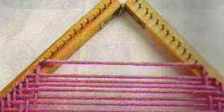 Punto espiga en bastidor triangular | Artesanias