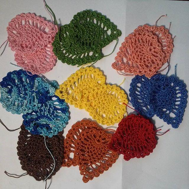 Kolczyki prawie gotowe #kolczyki #szydełkowanie #szydełko #crochet #crochetearrings