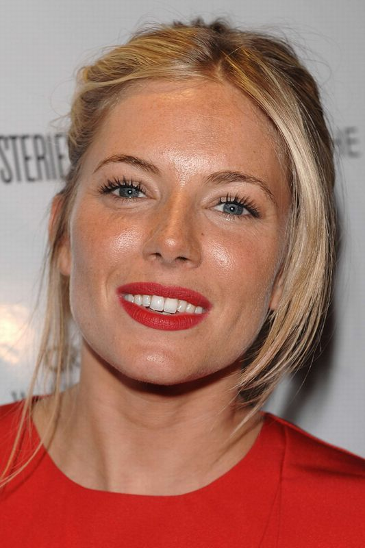 Sienna Miller hair and make up