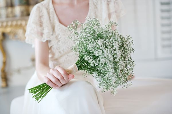 Betina's simplistic, romantic bouquet