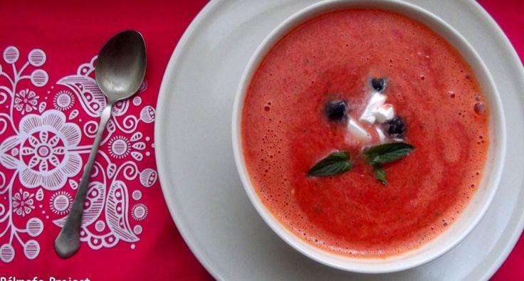 Dinnyeleves recept: A nyár egyik levese a dinnyeleves! Nagy meleg ellen a legjobb ez a dinnyeleves, nagyon-nagyon finom! :)