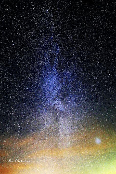 Linnunrata ja Revontulet. Northern light and Milky Way. Photo Ismo Pekkarinen. #luonto #nature #revontulet #linnunrata #milky way #auroraborealis