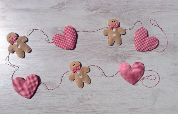 Gingerbreadman and Heart Christmas Garland Bunting Decoration