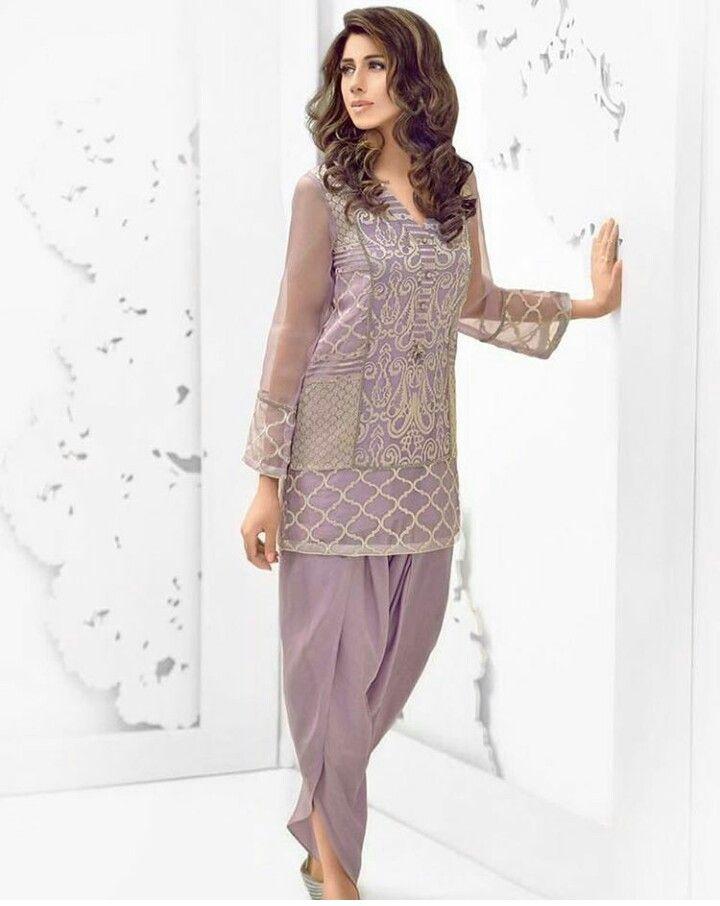 Pakistani Eid outfit by Faiza Saqlain.