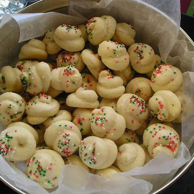 Italian Christmas Cookies @keyingredient #italian