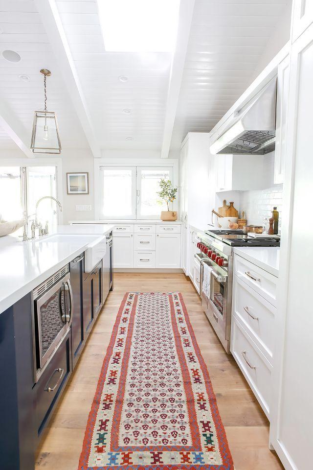 17 Best Ideas About White Kitchen Decor On Pinterest Kitchen Countertop Decor White Kitchen