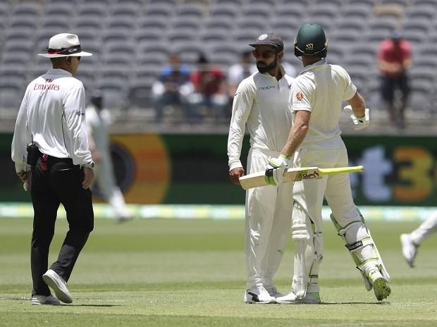 Paine Plays Down Banter With Kohli Says Will Invite Team India For Beer Sports Sports News Bring It On