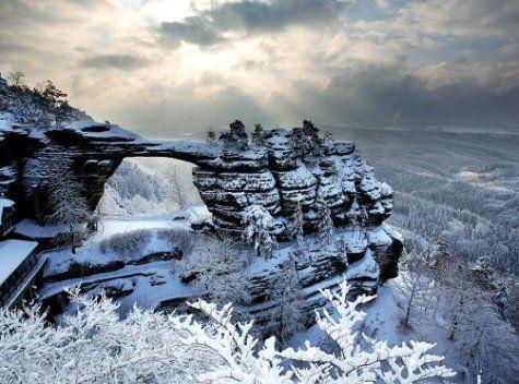 Pravcicka Gate   Northern Hikes - Czech tours