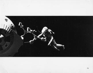 Posteritati: 2001: A SPACE ODYSSEY 1968 U.S. Still (8x10)