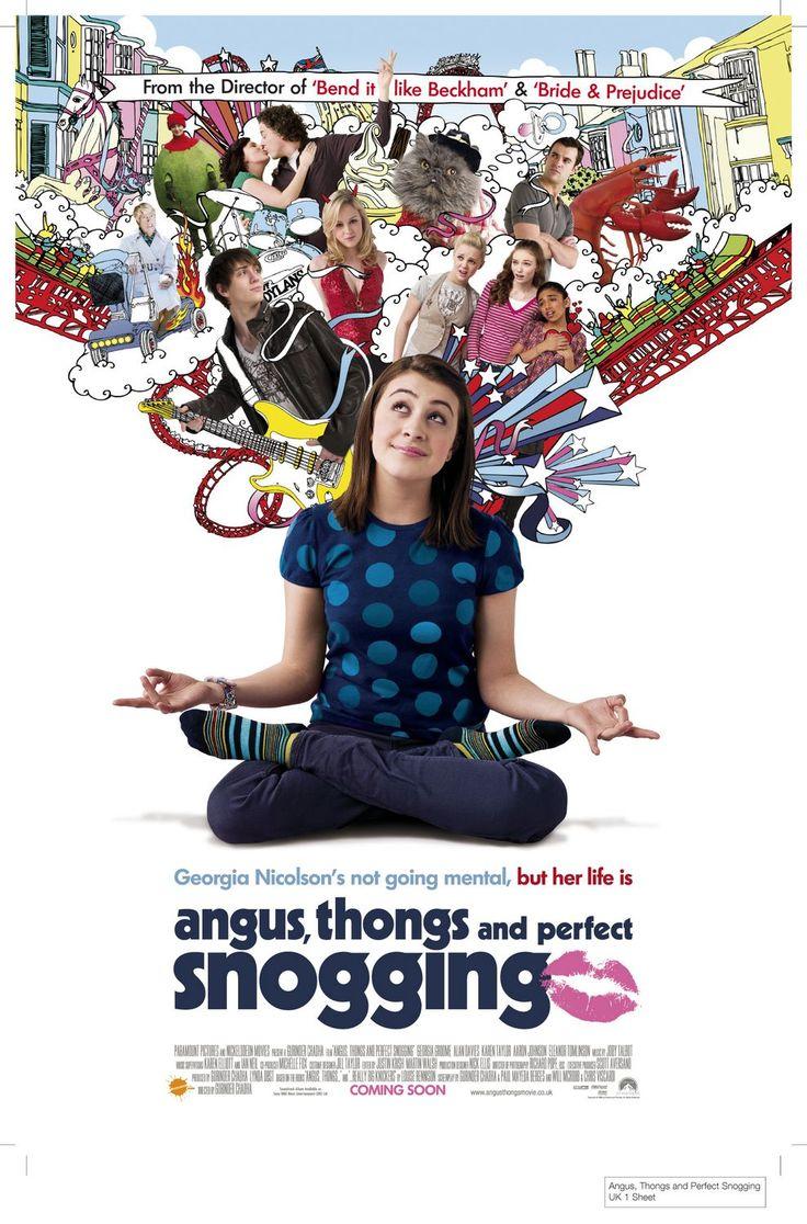 Четырнадцатилетняя Джорджия Николсон живёт с надоедливыми родителями, которые её не понимают, и противной трёхлетней сестрой. А Джорджия между тем мечтает стать блондинкой, иметь нос поменьше и бойфренда. Читая остроумные записи её дневника, зрительАнгус, стринги и поцелуи взасос / Angus, Thongs and Perfect Snogging (2008) - смотрите онлайн, бесплатно, без регистрации, в высоком качестве! Комедии