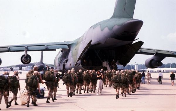 82nd Airborne Division troops bound for Saudi Arabia and Operation Desert Shield board a C-141 transport plane at Pope AFB 8/15/90.  Observer staff file photo