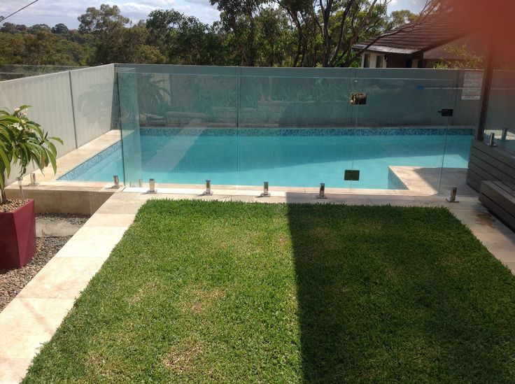 Our Pool Nz White Pebble Interior Travertine Surrounds