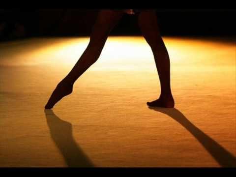 "Music for rhythmic gymnastics routines - Mulan: ""Short hair"""