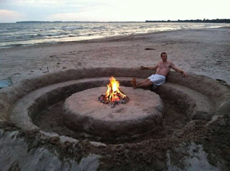 beach bonfire. definitely doing this, this summer! | Yes ...