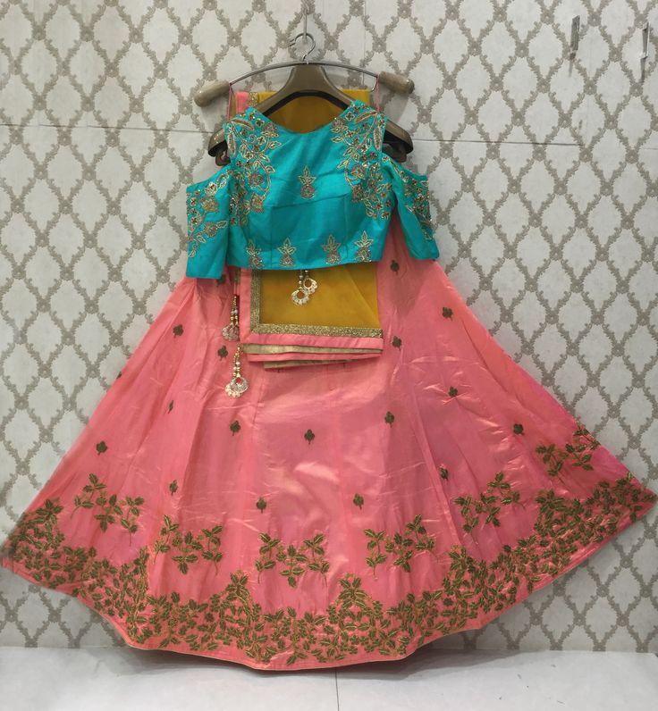 Latest collection of designer, wedding wear and a line lehengas for women with multiple choices. Buy this glamorous MANGALDEEP lehenga choli