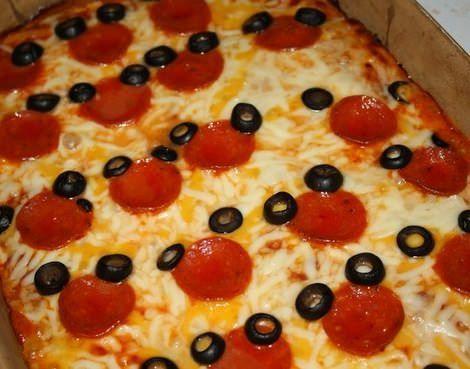 pizza casera de mickey mouse