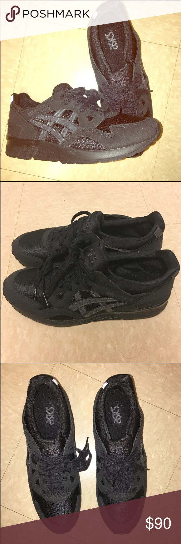 NEW All black Asics gel Lyte 7, 40, = W 8 - 9 NEW All black Asics gel Lyte  I purchased myself, never worn.  NWOT  No returns, happy shopping :) Nike Big boy US 7 EURO 40  Equal to Women's US 8-8.5 CM 25.25 Asics Shoes Sneakers