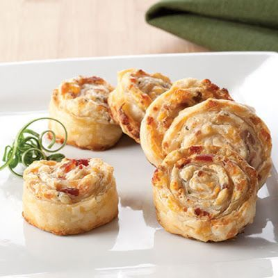 Use Athens Fillo Dough to make their recipe for Bacon Ranch Phyllo Pinwheel. You can make so many great Appetizers using Fillo Dough, this one is our personal favorite.