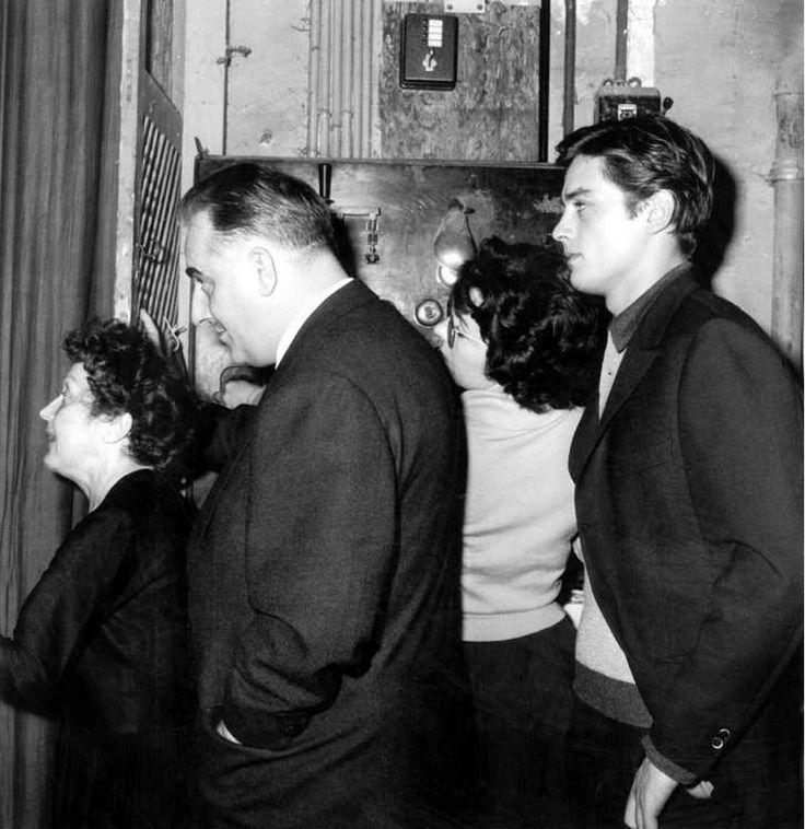 1959. С Эдит Пиаф и Брюно Кокатриксом