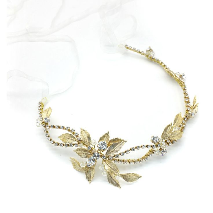 This Nature Inspired Piece Is Exquisitely Ornamented With Textured Leaves, Sparkling Crystals And Clear Beads. Imogen Is The Perfect Adornment For Those Who Want Enchant.Flexible And Versatile.Feature Component Measures Approximately 34.0cm In Length (When Extended)