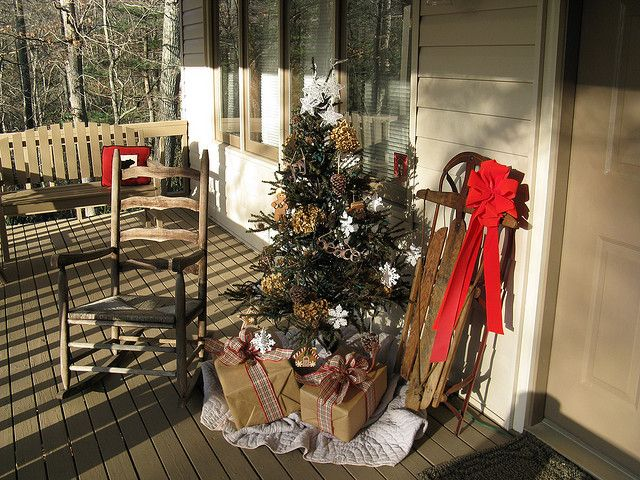 Christmas Porch decorating - need an old sled