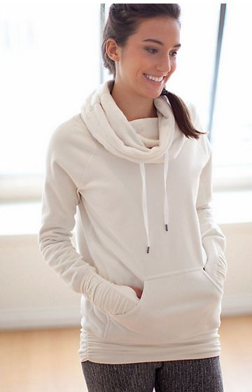 Lululemon Don't Hurry Be Happy Pullover in Polar Cream